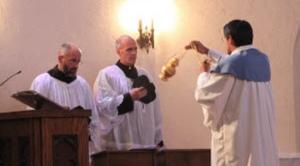 Les Pères Homick, CSJ et Perrone, CSJ
