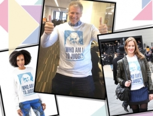 T-shirts du fameux «Qui suis-je pour juger?»