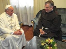Le pape François et Mgr Carballo