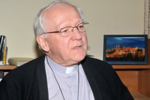 Mgr André Rivest, évêque de Chicoutimi, QC