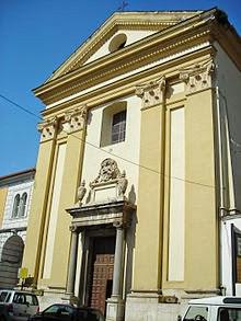 L'église Saint-Pascal maintenant fermée des Franciscains de l'Immaculée