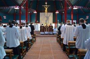 La messe dominicale fut célébrée dans le sanctuaire mariale rénové