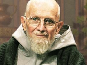 Le Père Benedict Groeschel, CFR