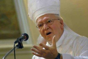 Mgr André Rivest, évêque de Chicoutimi